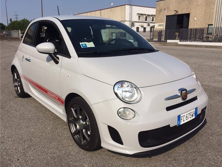 Veicolo | Fiat 500 Abarth