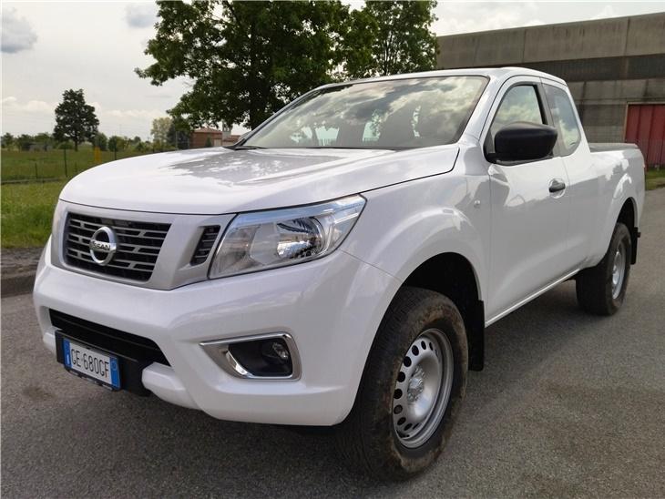 Veicolo | Pick-Up Nissan Navara Mono Cabina
