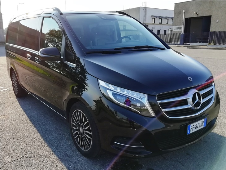 vehicle | Mercedes Classe V 220 CDI 8 Posti