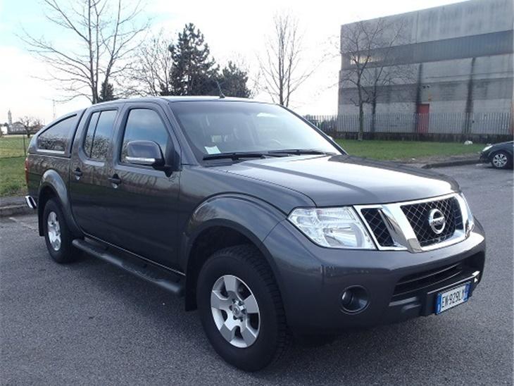 Veicolo | Pick-Up Nissan Navara Doppia Cabina HT