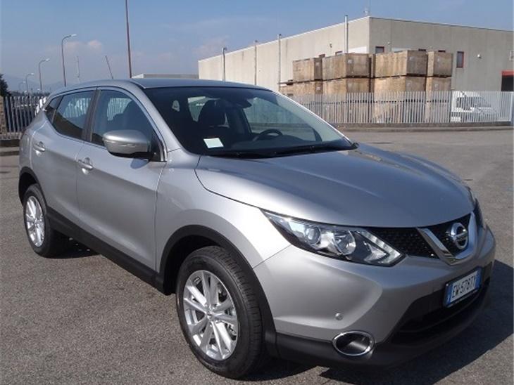 Veicolo | Nissan Qashqai 4X4 Acenta