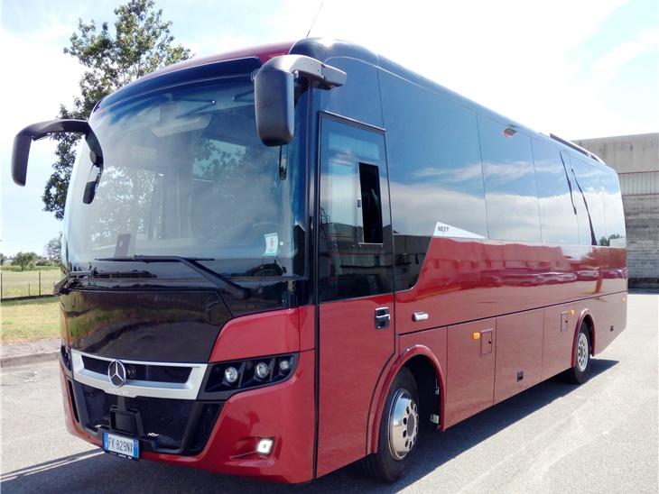 Autobus 35 posti Mercedes + nostro autista