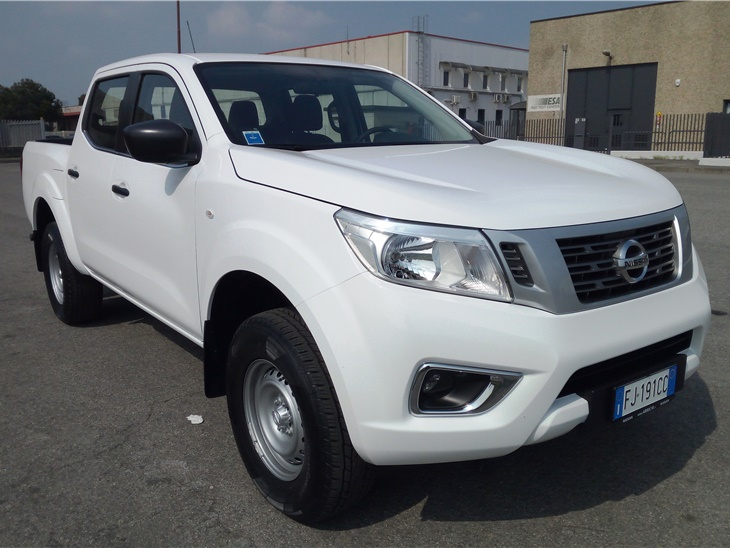 Pick-Up Nissan Navara Doppia Cabina